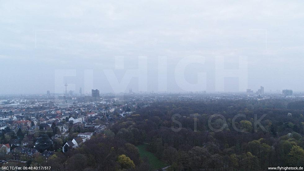 Köln Stadtwald Skyline Hub morgens