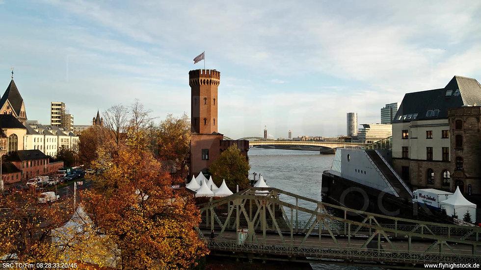 Köln Rheinauhafen Skyline Hub morgens C026_C004