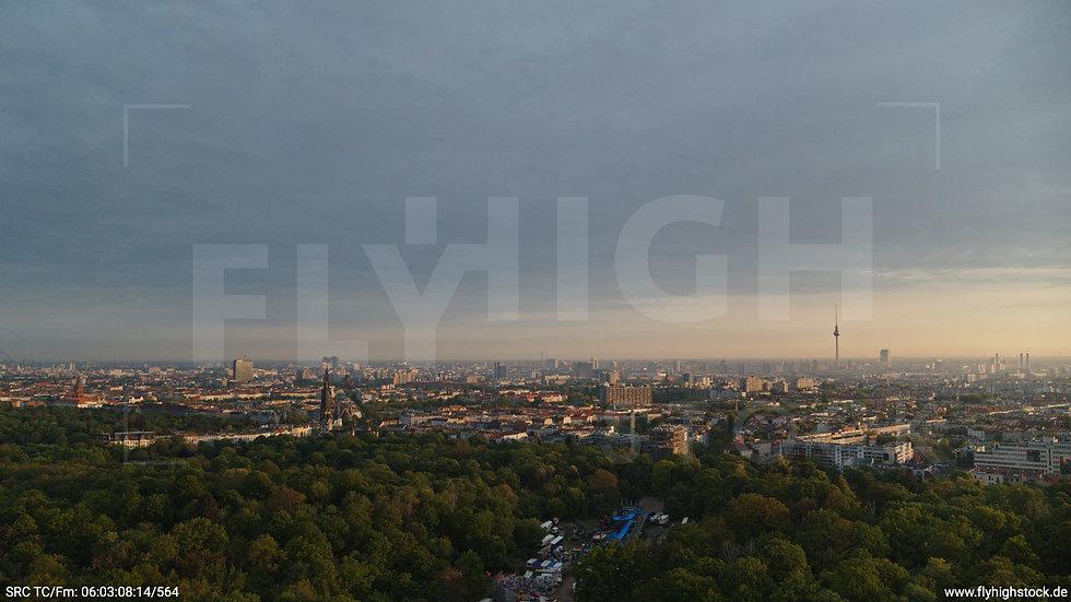 Berlin Hasenheide Skyline Hub morgens 5