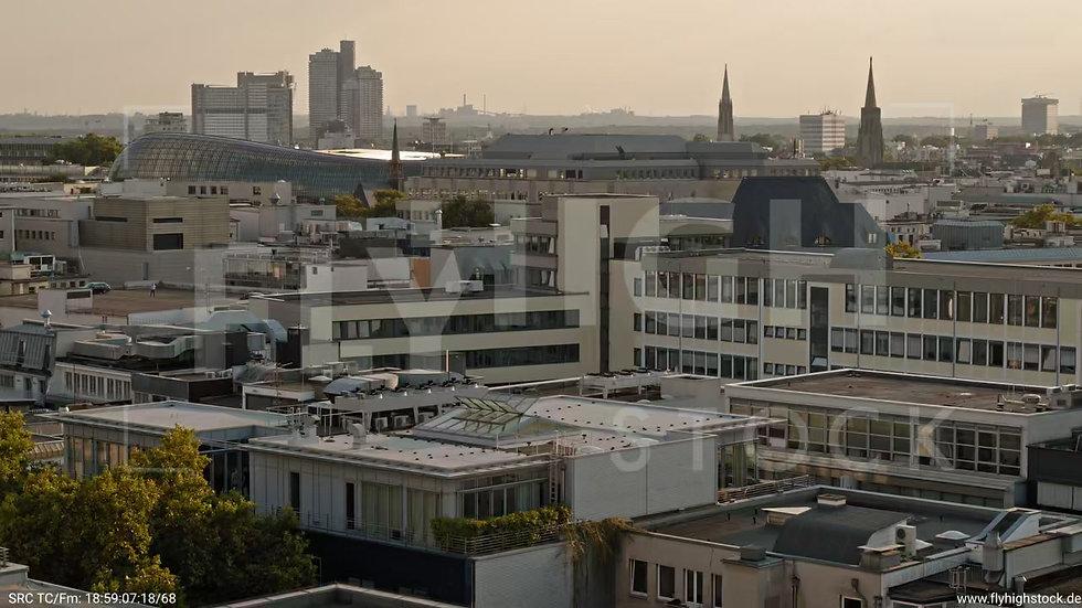 Köln Am Dom Hub C054_C006
