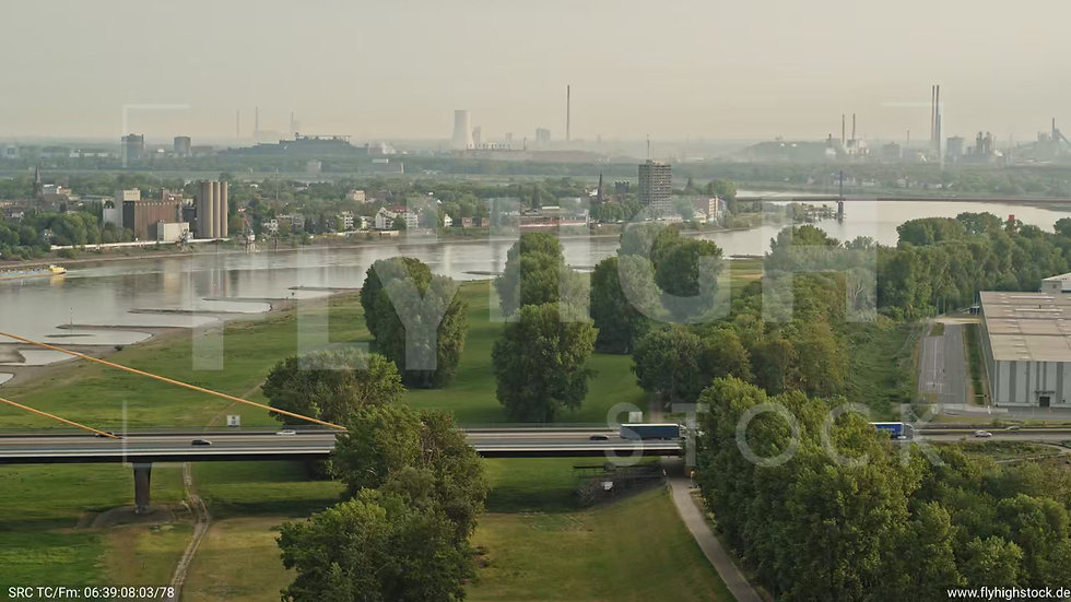 Duisburg Parallelhafen Rückflug G008_C015