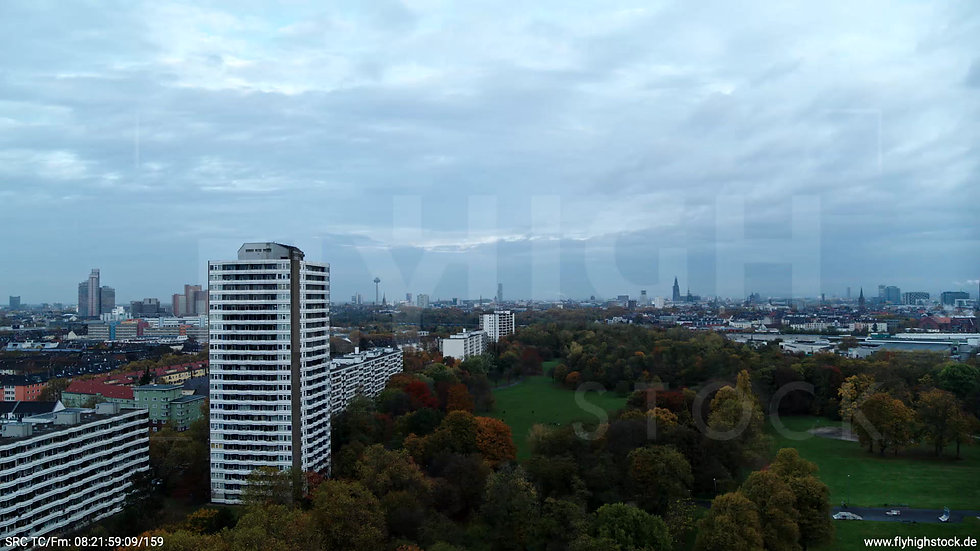 Köln Vorgebirgspark Skyline Zuflug morgens C020_C020