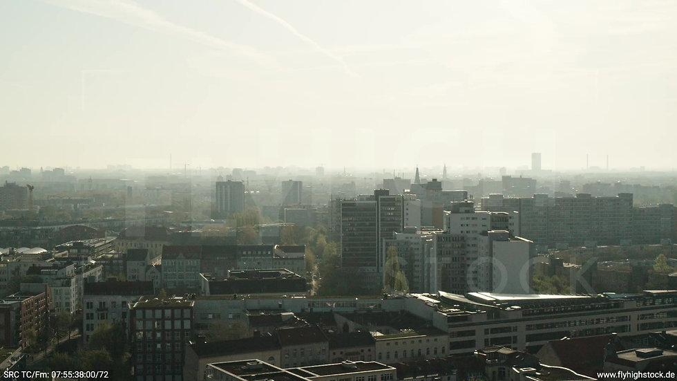 Berlin Hallesches Ufer Ost Skyline Zuflug morgens 3