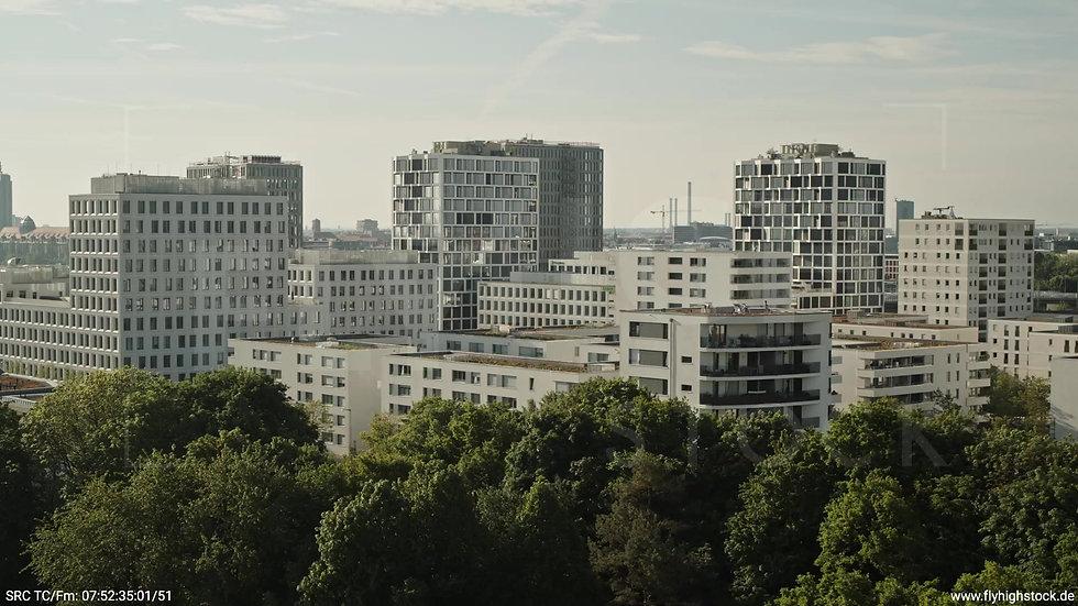 München Hirschgarten Skyline Hub morgens 6