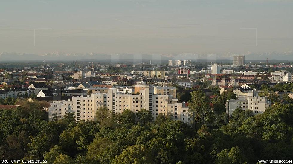 München Westpark Untersendling Skyline Zuflug morgens