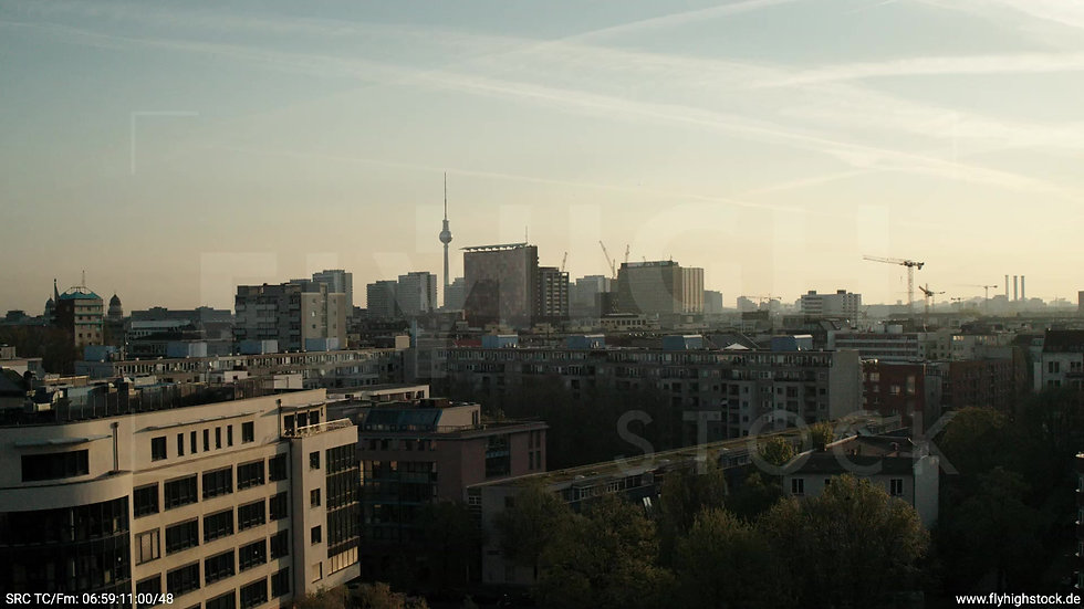 Berlin Hallesches Ufer Skyline Hub morgens 5