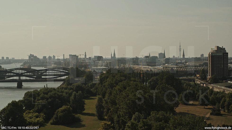 Hamburg Elbpark Entenwerder Hub tagsüber
