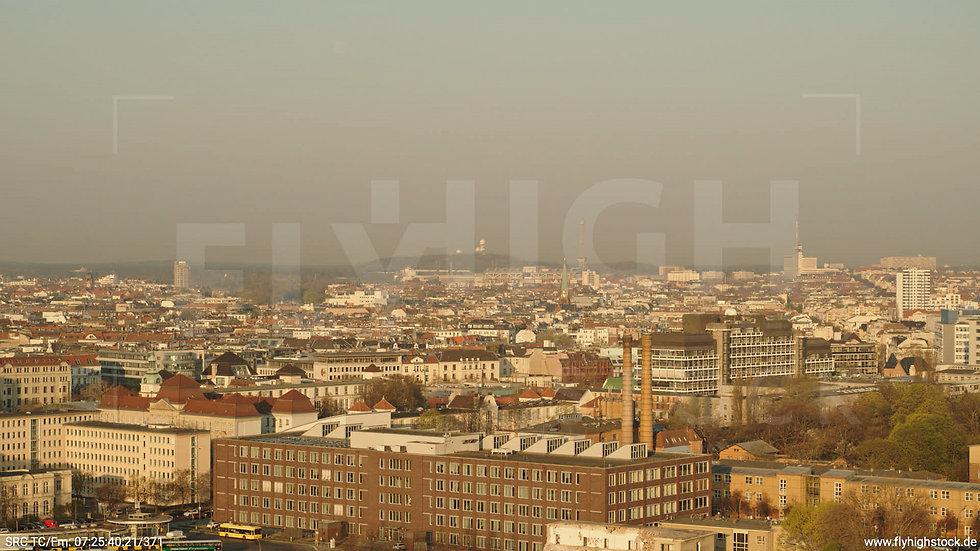 Berlin Tiergarten Stadtteil-Shot Charlottenburg Hub morgens 2
