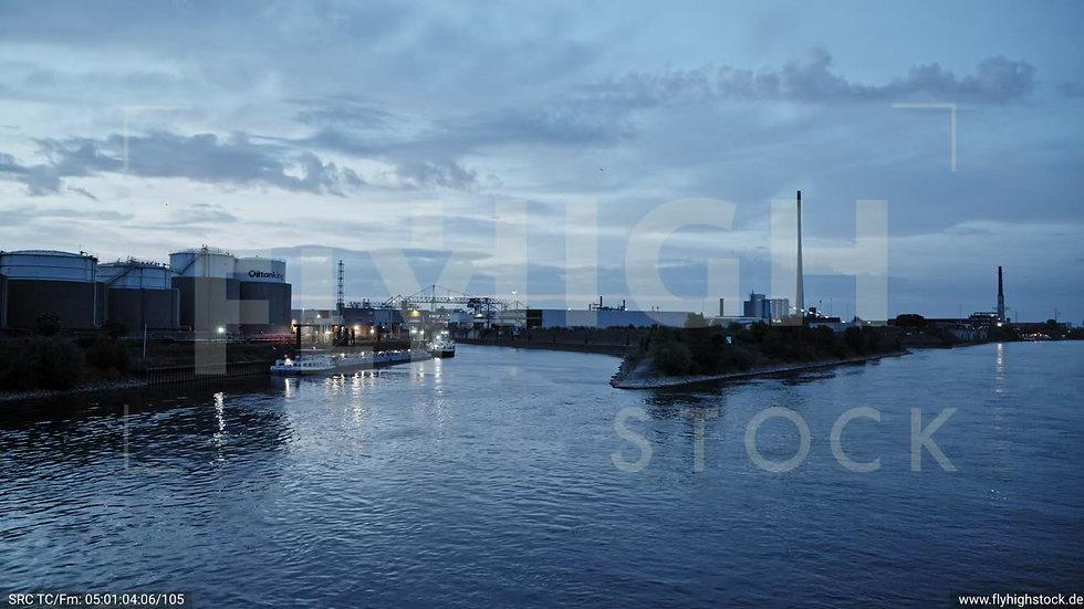 Duisburg Parallelhafen Hub G018_C001