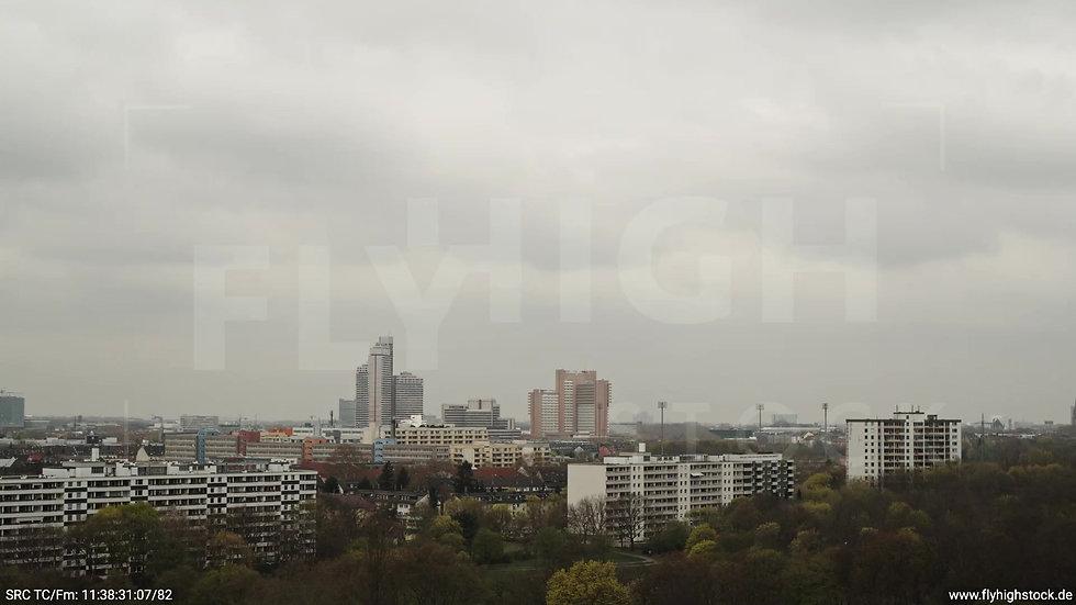 Köln Vorgebirgspark Justiz Skyline Zuflug tagsüber
