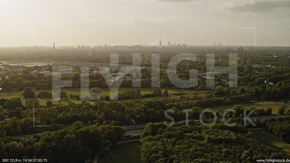 Duisburg Städtedreieck Parallelflug G016_C002