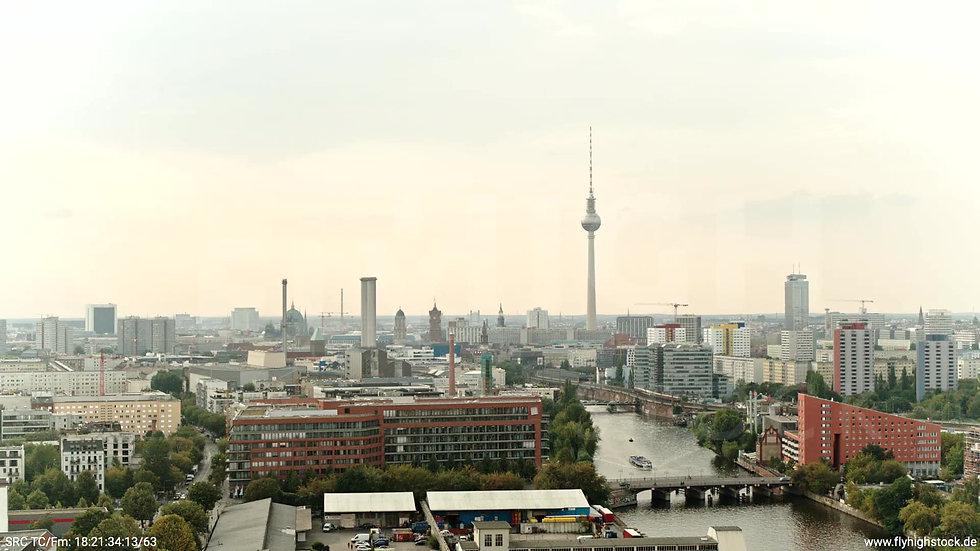 Berlin Zapf Skyline Rückflug tagsüber D002_C012