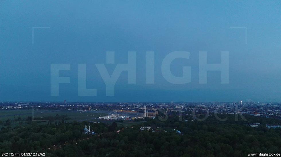 Berlin Hasenheide Tempelhof Skyline Zuflug morgens 2