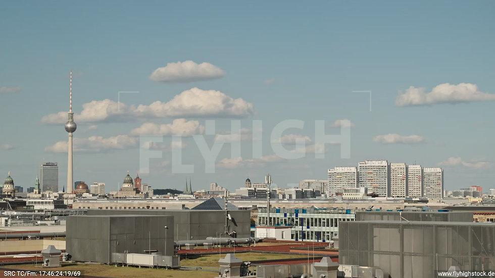 Berlin Potsdamer Platz Ost Skyline Hub tagsüber D032_C005