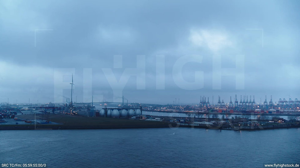 Hamburg Hafen Parallelflug Kohlenschiffhafen morgens