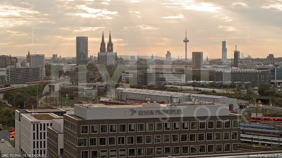 Köln Bürgerpark Kalk Rückflug nach oben C049_C005