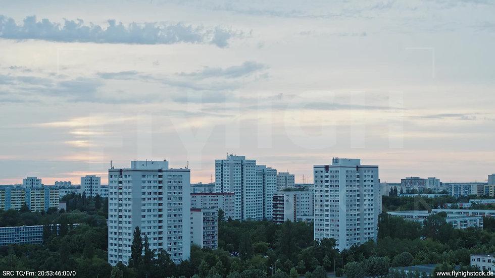 Berlin Marzahn Stadtteil-Shot Zuflug abends 3