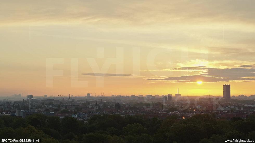 Berlin Hasenheide Allianz Skyline Zuflug morgens 3
