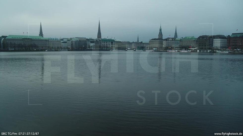 Hamburg Innenalster Hub morgens bewölkt Winter 3