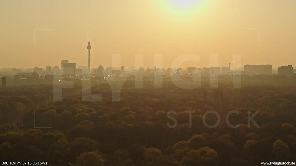 Berlin Tiergarten Skyline Rückflug morgens 13