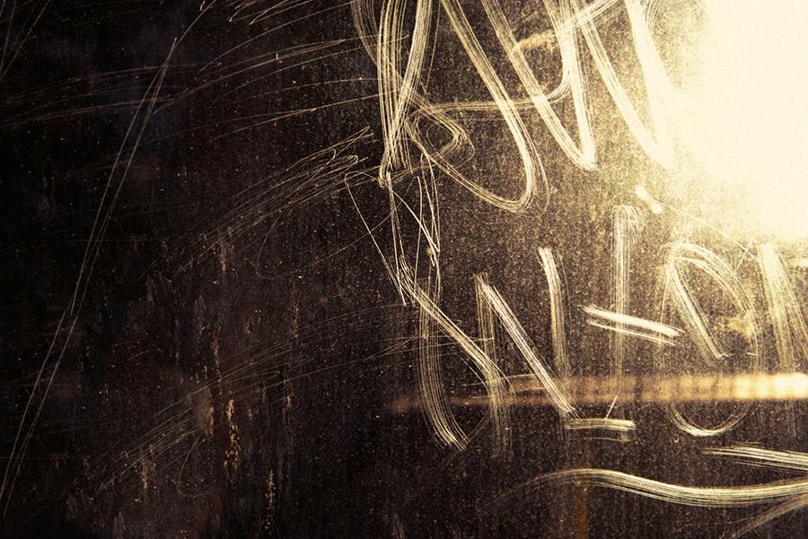 Paul-Samuels-graphitty-scratches-bus.JPG