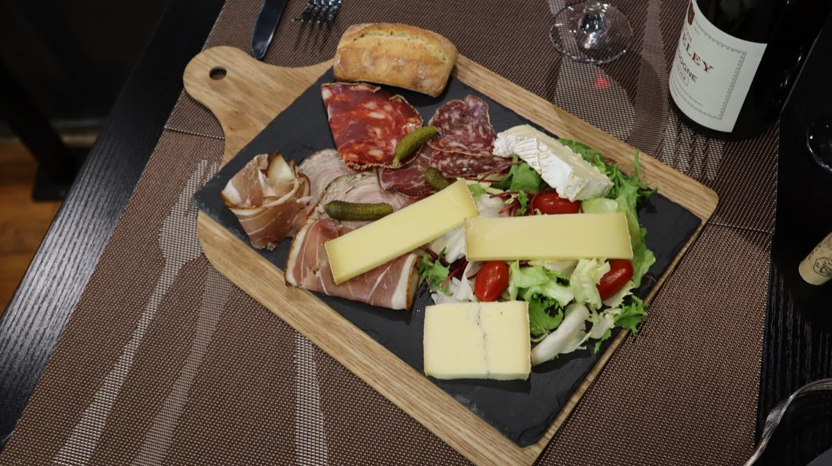 Plateau de charcuterie et fromage