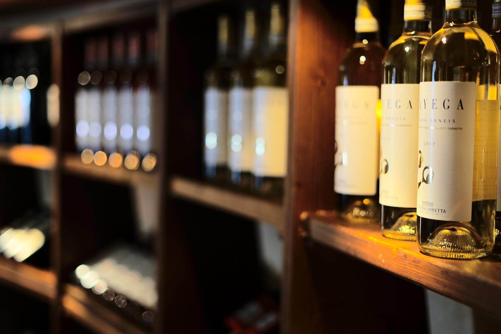 étagère bouteille de vin