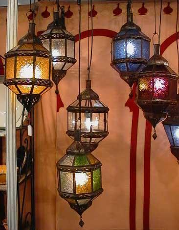 Lanternes en verre coloré