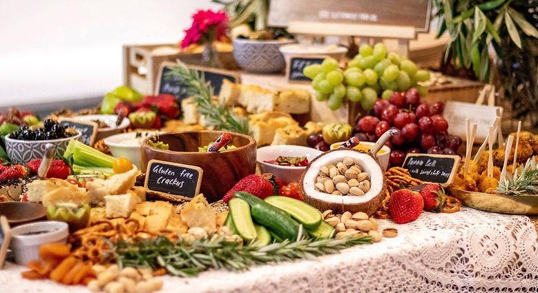 Grazing table Vegan (1).jpg