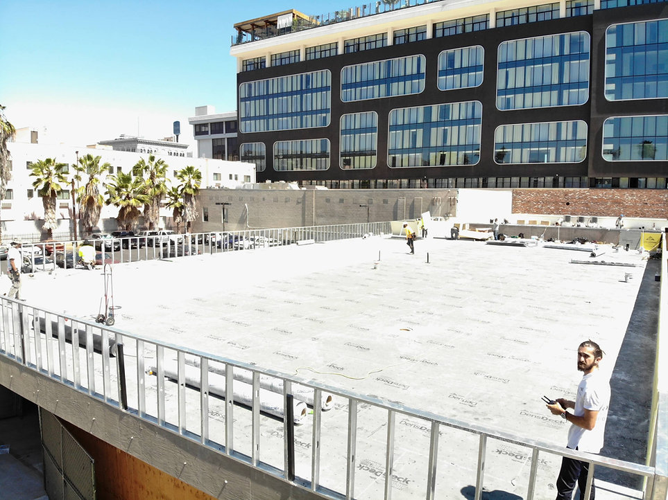 flat-commercial-roof.jpg