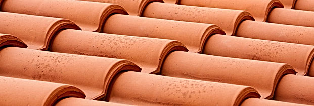 clay-tile-roof-closeup.jpg