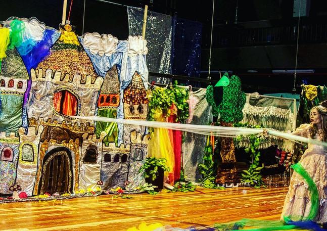 The Magic Castle   ארמון הקסם