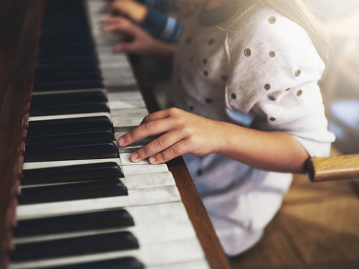 Rising Stars: Awareness, Rising Star, a Piano & the Audience.