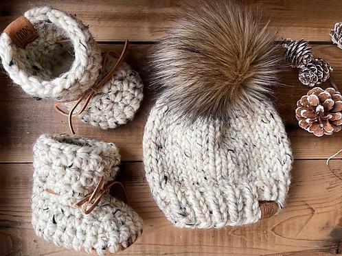 Padraig Slipper and Pom Pom Hat Set