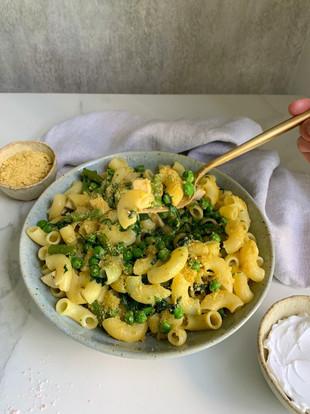 Easy Cheesy Vegan Pasta
