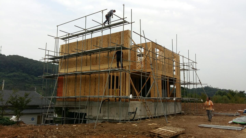 비계설치후 2층외벽설치