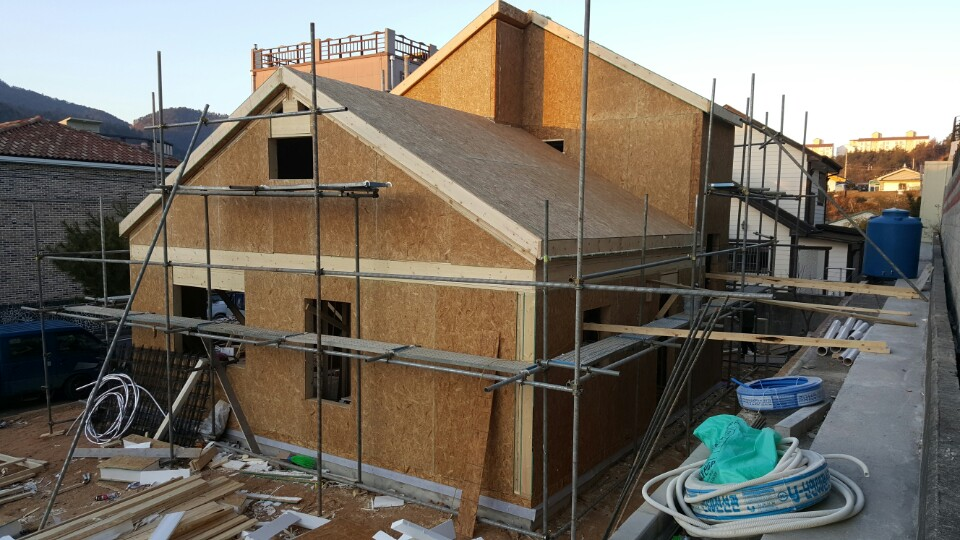 지붕 설치