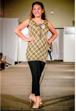 Latin+Fashion+Week+end+of+runway+pose+2.jpg