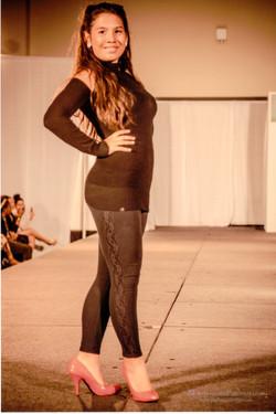 Latin+Fashion+Week+end+of+runway+pose+1.jpg