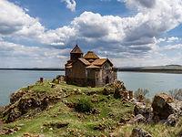 Монастырь Айраванк в Армении