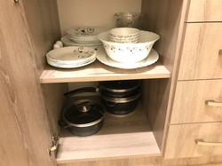 Есть вся посуда