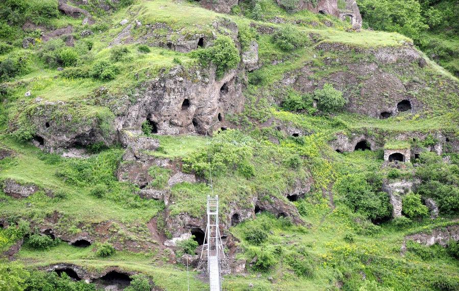 Пещерный город Хндзореск