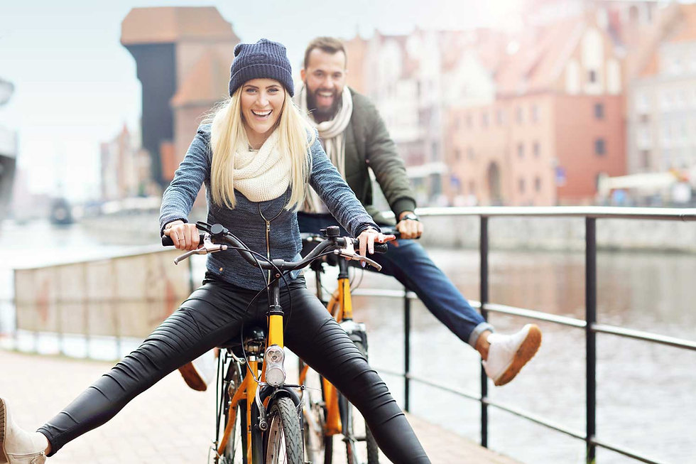 Erkunden Sie die Stadt per Fahrrad. Wir bieten Ihnen kostenfreie Leihfahrräder, ein Fahrradweg führt direkt vor unserer Haustüre vorbei. Zum planen Ihrer Tour stellen wir Ihnen einen Stadtplan und WLAN kostenfrei zur Verfügung.