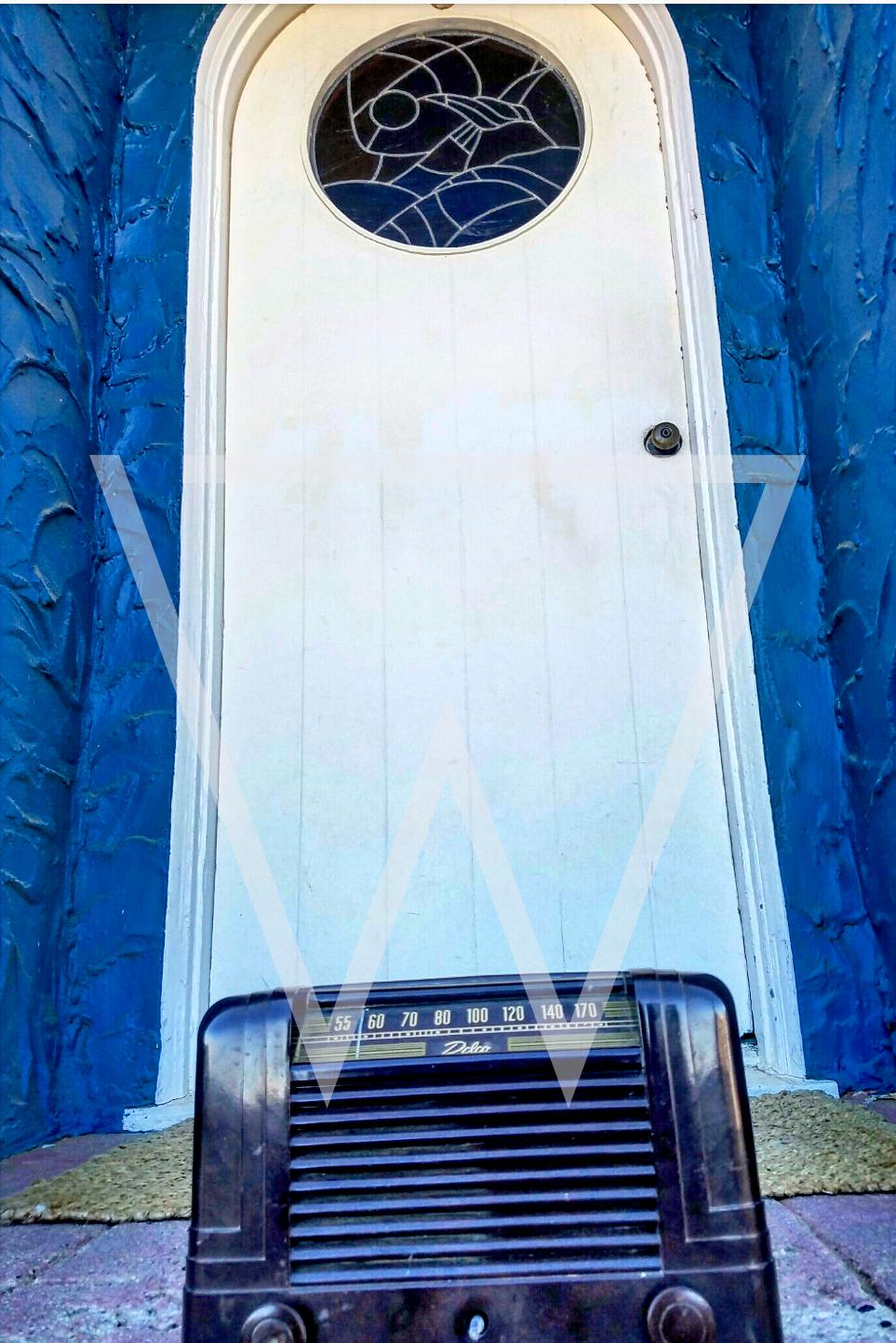 bluedoor