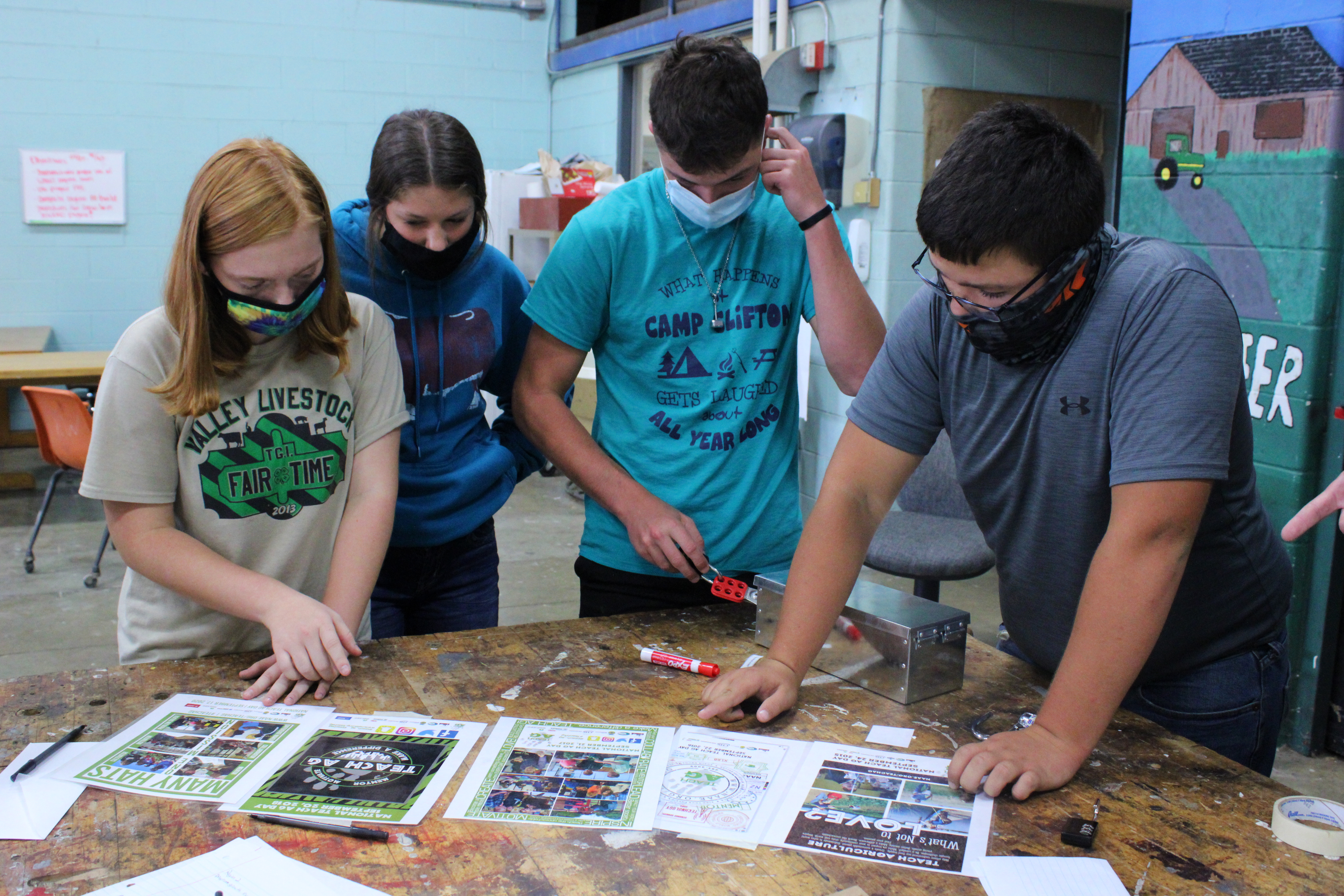 Students Work on Ag Project