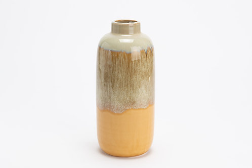 Vase sur vitamine jaune
