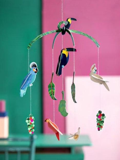 Oiseaux exotiques mobiles