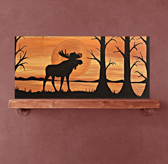 Silhouette moose east