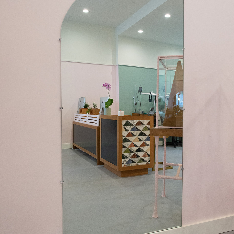 BN-Showroom Mirror 1.jpg