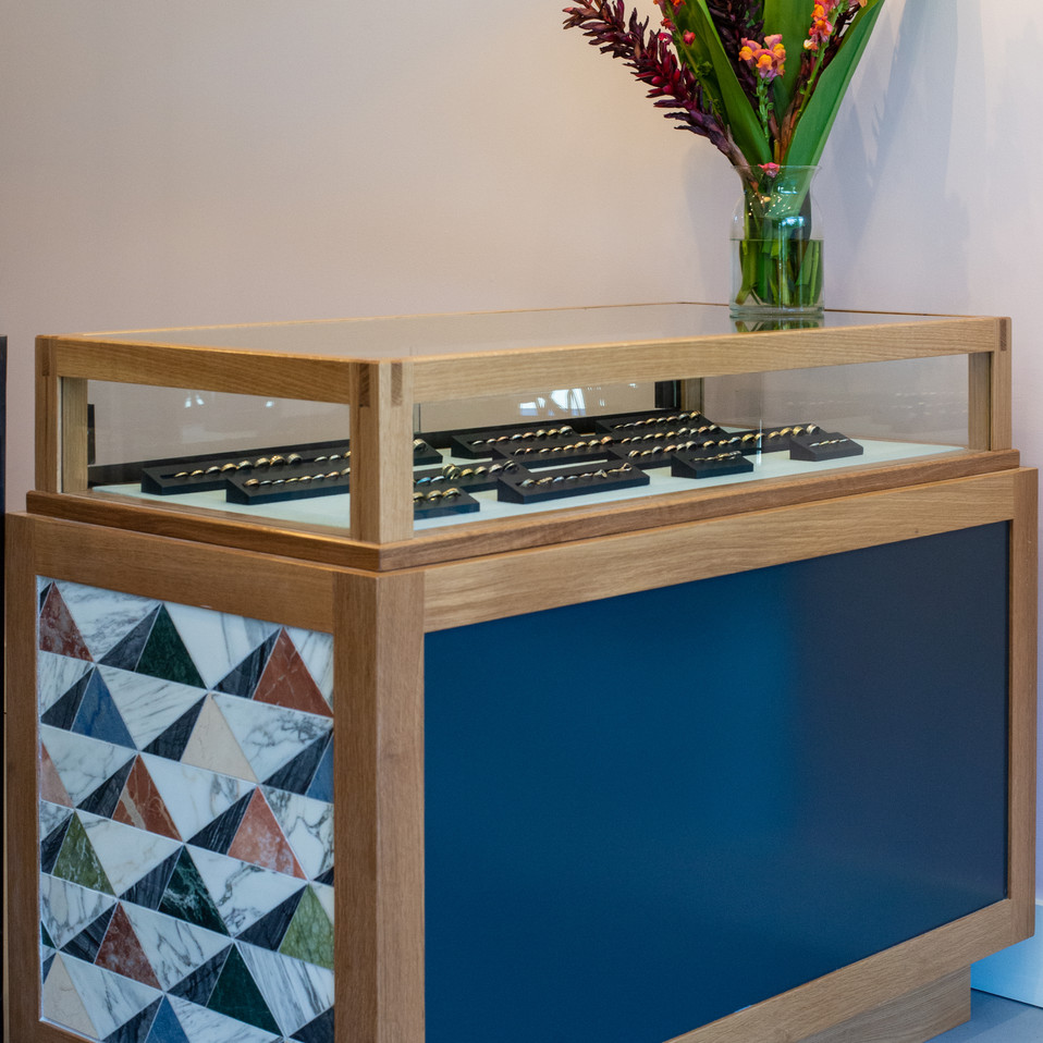 BN-Showroom Tiled Case 2.jpg
